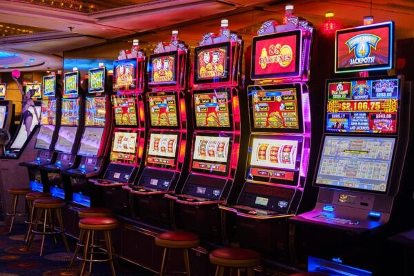 Where to find a free slot machine