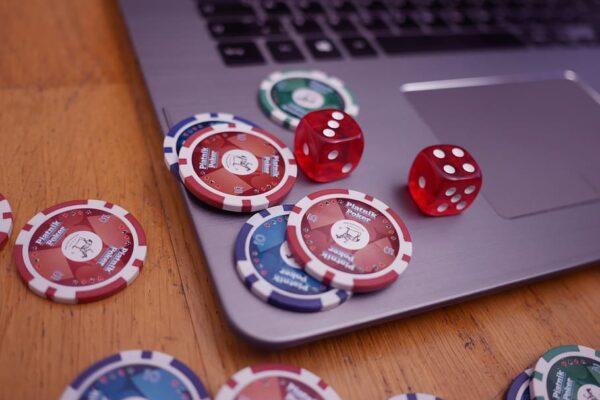 Free Online Poker Guide for Play Strategy Position Poker Basic Poker