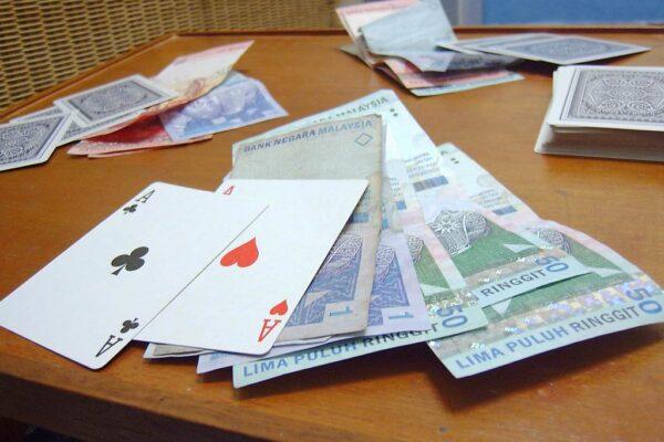 How Blackjack Betting Works