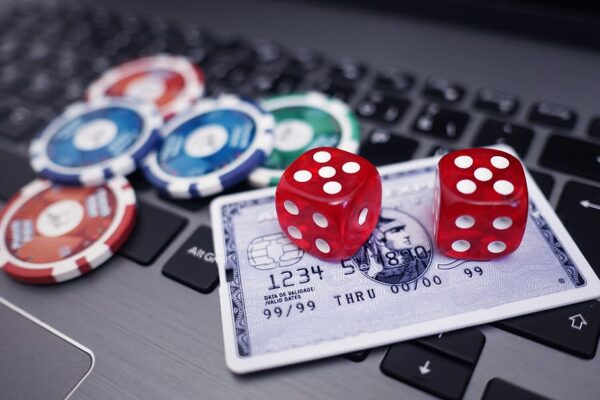 Throw dice on online gambling sites